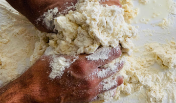 How to make your own pizza dough from scratch